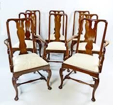 Conjunto de 8 sillas de edor inglesas de caoba y del estilo