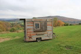 About Us | Caja Madera Food Trucks