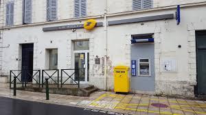 bureau de poste maur des fosses boissy léger s organise pour sauver sa poste de centre ville