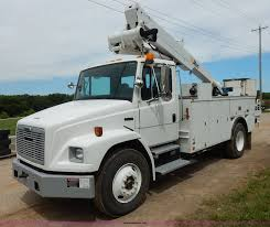 2002 Freightliner FL70 Bucket Truck   Item K1528   SOLD! Sep... Bucket Truck Services Edison Nj Ampcore Electric Llc Utem Skyvan Dejana Utility Equipment 1993 Versalift Vst4000i Boom For Sale 13496 Miles Christmas Decorations Made Easy With Trucks From Southwest New Demo For 2009 Intertional 4300 Altec At41m M052361 Battypowered A Big Lift Sce Workers Environment 2013 Terex C4045 4685 Hours Hybrid Bucket Truck Archives Heavy Loaded Aerial Lifts And Digger Derricks Made In Usa By Used Sales