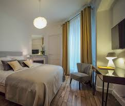 chambre color a room an artist a color b b relais 12bis
