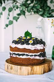 How To Save On Wedding Cake Costs Blackberry With Mascarpone Cream