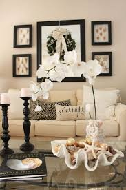 Primitive Decorating Ideas For Living Room by Best 25 Coffee Table Centerpieces Ideas On Pinterest Coffee