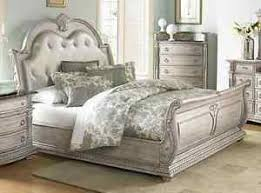 STUNNING KING LEATHER ANTIQUE WHITE FINISH SLEIGH BED BEDROOM