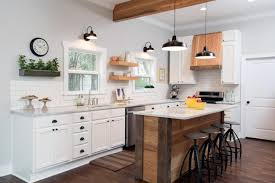 Question And Answer With Fixer Upper Carpenter Clint Harp