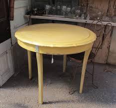 diy esszimmertisch gelb esstisch rund rustikal freshouse