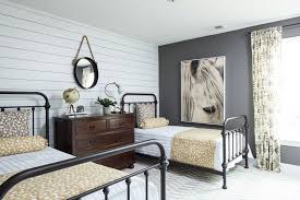 Farmhouse Bedroom Design Ideas Comfortable To Sleep Well