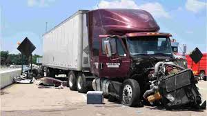 100 Old Semi Trucks I65 Crash 2 Others Blamed On Distracted Or Impaired Truck