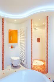 modernes bad mit mosaikfliesen modern badezimmer