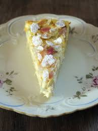 rhabarber kuchen mit vanille schmand creme und gezuckerten