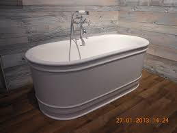 Jetted Bathtubs Small Spaces by White Oval Freestanding Tubs Inspiration On Wooden Floors And