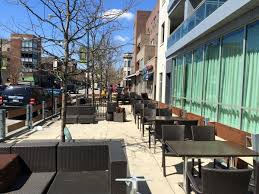 Sweetwater River Deck Drink Menu by 60 Great Dog Friendly Restaurants And Bars In Chicago 2017 Edition