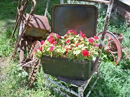 Crusty Rusty Metal Bread Bin Box Basket Primitive Rustic Flower