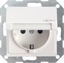 gira 041403 schuko steckdose 16 a 250 v mit klappdeckel integriertem erhöhten berührungsschutz shutter und symbol sytem 55 reinweiß glänzend