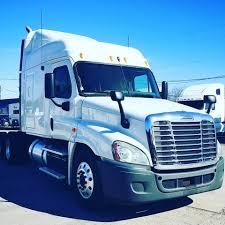 100 Jacksonville Truck Center Is It Snowing In No Its Jax Facebook