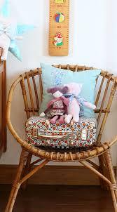 rocking chair chambre bébé 71 best chambre bébé matériaux de récupération images on