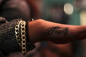 Than Men And Sometimes They Tend To Incorporate The Name Of Their Family Members Or Loved Ones Right In Center Heart A Tattoo