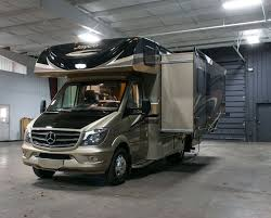 Jayco Class C Motorhome Floor Plans by 27 Best New Rvs Images On Pinterest Campers Motor Homes And