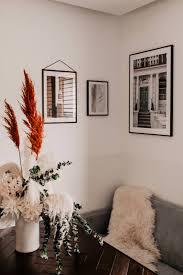 bilderwand wohnzimmer gestalten caseconrad