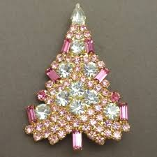 For Some Collecting Christmas Tree Brooches And Pins Is A Year Round Activity Many Collect Vintage From The 1940s 1970s