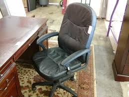 Desk Chair With Arms And Wheels by Charming Black Rolling Office Chair Design Ideas Along With Black