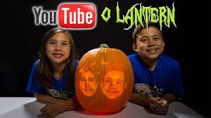 Maniac Pumpkin Carvers Facebook by Mystery Surprise Pumpkin Sculpture Youtubeolantern Youtube