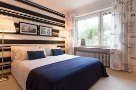 maritimes schlafzimmer in blau weiß maritim münchn