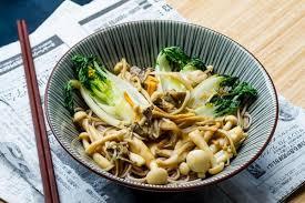 cuisine japonaise poêlée japonaise pak choï chignons soba cuisine addict