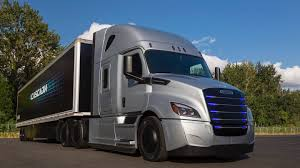 Freightliner Deploys Test Fleet Of 30 Electric Trucks With US ...