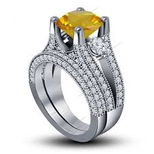 Surface Prong Peg Head Set 3 00CT Round Yellow Sapphire Women s