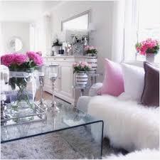 wohnzimmer dekor bordeaux