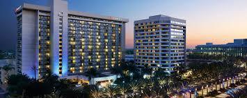 100 Sunset Plaza Apartments Anaheim Familyfriendly Hotel Family Hotel Marriott