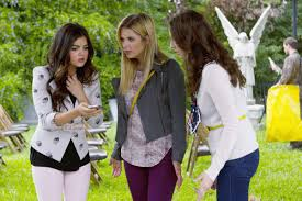 Pretty Little Liars 2014 Halloween Special by How U0027pretty Little Liars U0027 Became The Best Dressed Show On Tv