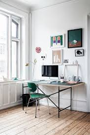 How The Graphic Designer Lives Workspace
