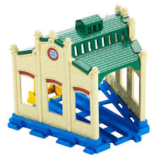Tidmouth Sheds Trackmaster Toys R Us by Tidmouth Shed Destination Thomas And Friends Trackmaster Wiki