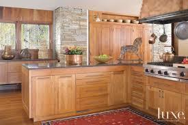 Mountain Kitchen Interior Landhausstil Küche Mountain Kitchen With Cherrywood Cabintery Küchen Ideen