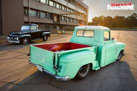 100 55chevy Truck UNITED SPEED SHOPS 50s PRO TOURING PICKUP TRUCKS