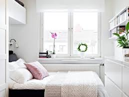 25 small bedroom ideas for maximizing space and style