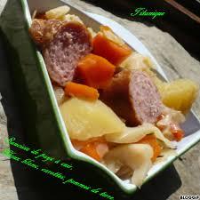 cuisiner des saucisses fum馥s recette saucisses fumées au chou blanc carottes et pommes de terre