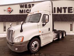 100 Used Trucks With Best Gas Mileage FREIGHTLINER CASCADIA For Sale
