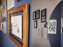 rosa schlafzimmer blauer flur und graue leseecke mit