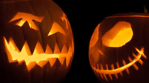 Spirit Halloween Canada Careers by 15 Outdoor Halloween Decorations To Make Your Yard Spooktacular