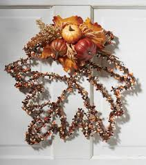 How To Make A Leaf Wire Wreath