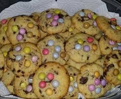 recette de cuisine cookies cookies aux smarties recette de cookies aux smarties marmiton
