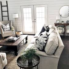 Stunning Rustic Farmhouse Living Room Design Ideas 20
