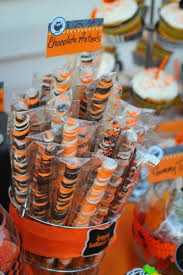 Utz Halloween Pretzel Treats Nutrition by 55 Best Chocolate Pretzel Images On Pinterest Desserts Parties