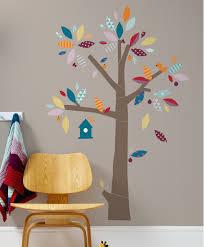 stickers chambre bébé arbre mamas and papas sticker arbre décoration chambre enfant