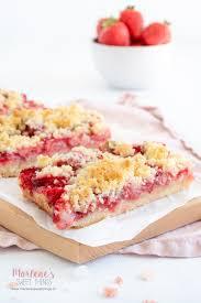erdbeer rhabarber streusel tarte