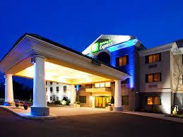 Holiday Inn Express Syracuse Airport Hotel by IHG