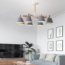 moderne hängeleuchte aus holz und metall für wohnzimmer